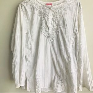 💕5/$25💕 She's Cool Embroidered White Blouse